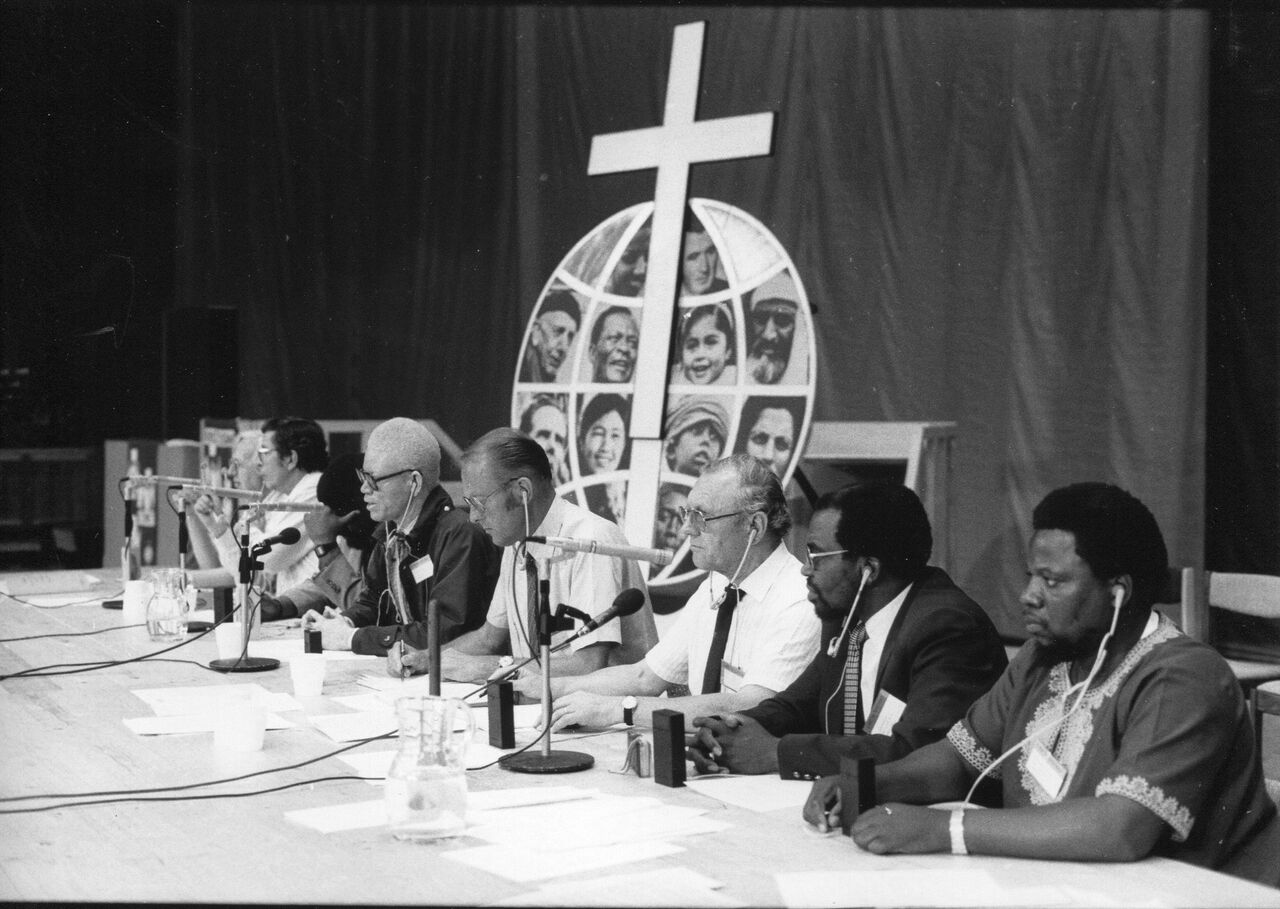 Panelists gather for discussion of Apartheid during the LWF's Seventh Assembly in Budapest, Hungary.  Photo: LWF Archives