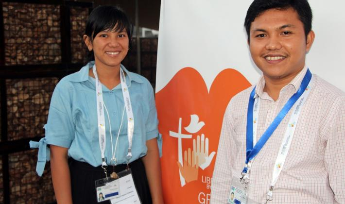 (L-R) Ms. Febrisa Silaban and Rev. Hesron Sihombing presented on the progress of Interfaith dialogue from a Christian youth perspective in Indonesia. LWF/S. Lawrence